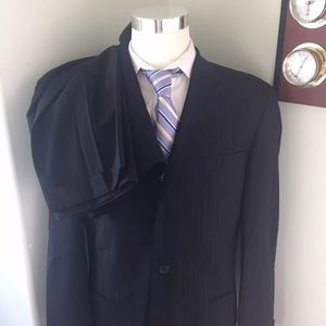 Boss Hugo Boss Pinstripe Suit 3 Button 42 L 35x32